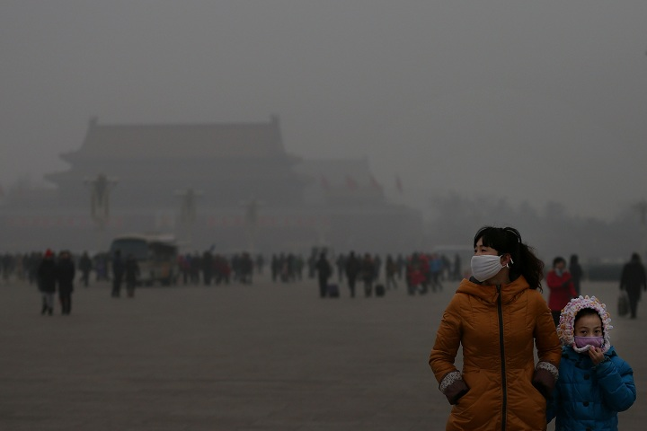 Air pollution in Beijing, China. Photo credits: Feng Li/Getty Images.