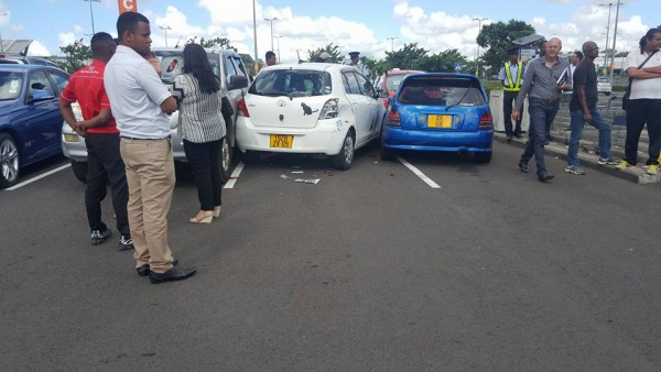 weird accident at bagatelle parking